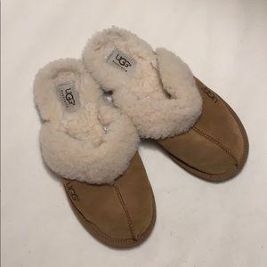 Ugg brown slipper